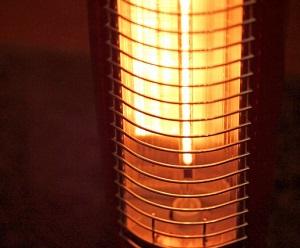 冬の電気代の方が高くなる理由とは?暖房費を賢く乗り切る節約術