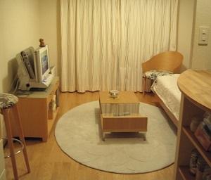 狭い部屋を広く見せるには?家具やレイアウトで工夫する方法